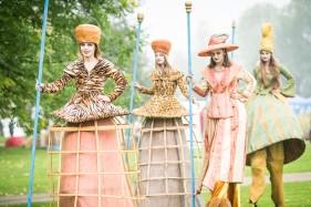 Das Herbstfest der IGA 2017 am 16.10.2016 in den Gärten der Welt in Berlin Marzahn-Hellersdorf. Kleinkünstler, Bands, Sponsoren und Aufführungen aller Art zogen 25.000 Gäste an.